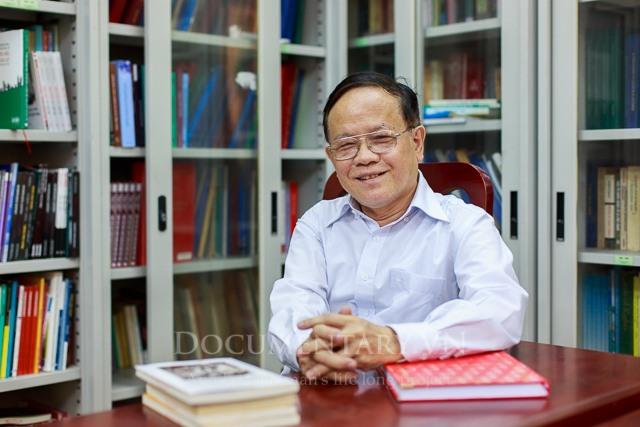 Phó Giáo sư, Tiến sĩ, Nhà giáo Ưu tú Lê Sĩ Giáo