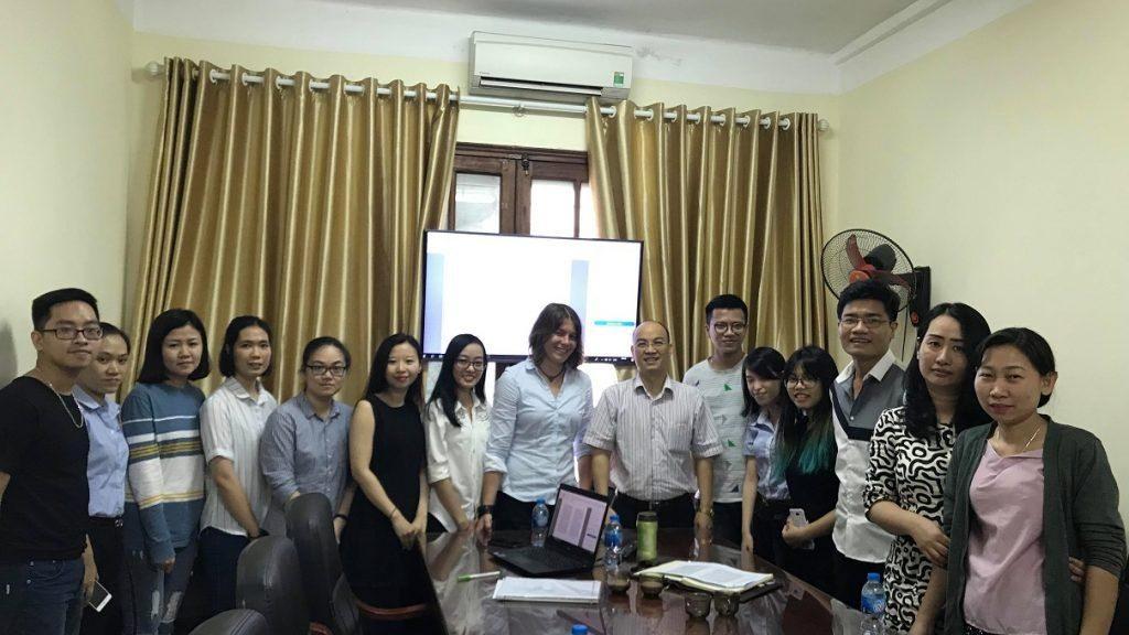 Seminar Khoa học TS. Julia