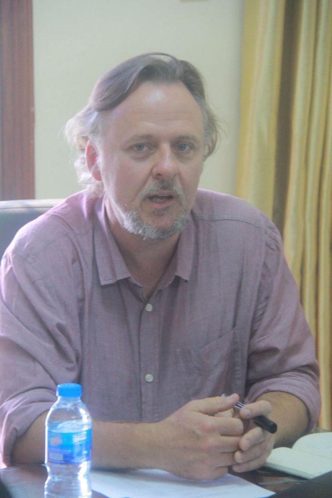 TS. Jovan Maud trong buổi gặp mặt